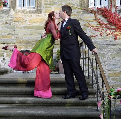 wohl das gewagteste Hochzeitskleid ever