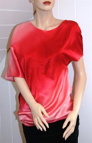 Kurzarm-shirt im Fledermaus-stil